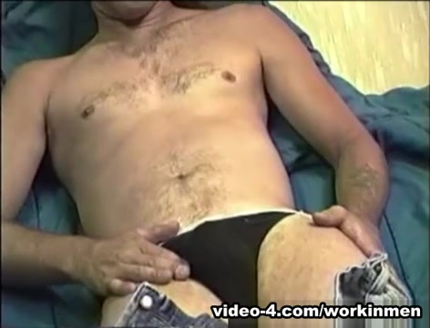 Mature Amateur Freddy Z Beating Off - WorkinMenXxx Perfect body girl sex video