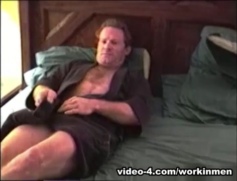Mature Amateurs Kevin and Red Suck Cock - WorkinMenXxx hottest milf bangs compilation