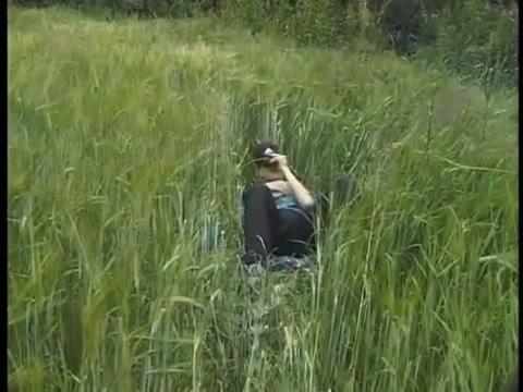 What a pleasure to jerk off in the fields ! Dating old men jokes x women