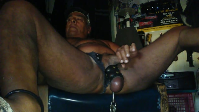 Hanging and jacking Naked midgets suckun dicks