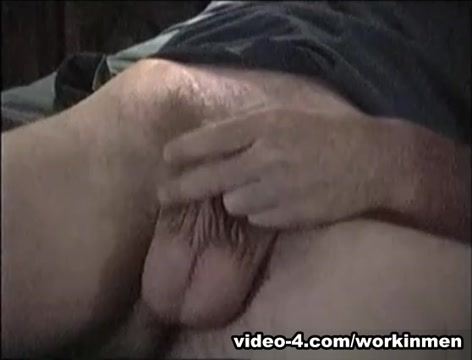 Amateur Mature Man Dave Beats Off - WorkinMenXxx Older women pissing in public