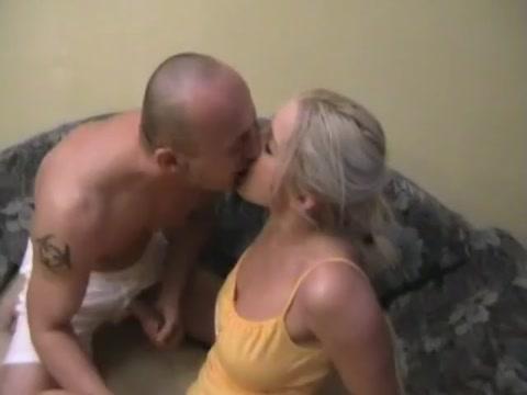 Blonde fickstute braucht ein dickes rohr Candid nude shots of women