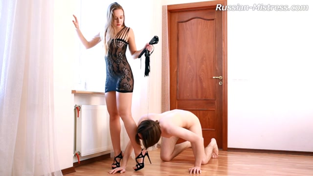 Scarlett Videos - Russian-Mistress Girls getting fisting