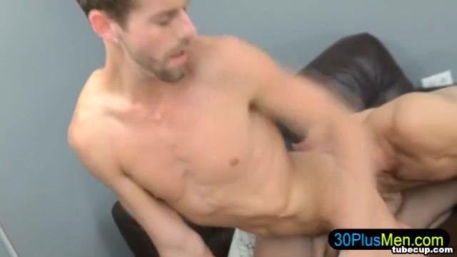 Lean gay gets rimmed and sucked Porn Free Black Porn