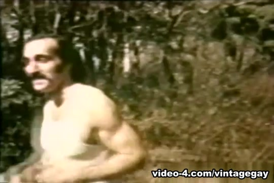VintageGayLoops Video: Jogging Very young girl getting fucked hard
