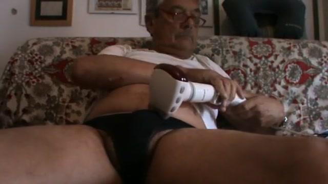 Electric orgasm Nude Pics Of Abella Anderson