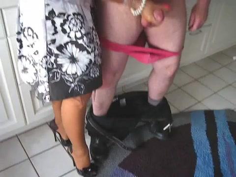 Mistress lady free nude pics of rihanna