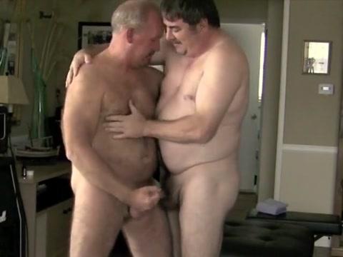 Not daddies Sucking and Fucking free dad sex videos