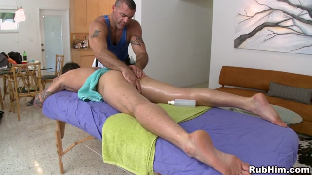 The Tough Guy Scene - RubHim Sexy twins nude