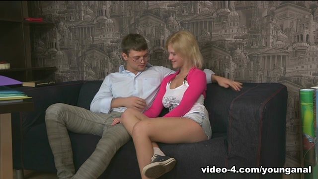Shelly in This is the first anal sex for a sexy college blondie with big tits - YoungAnalTryouts Viva hot babes bude