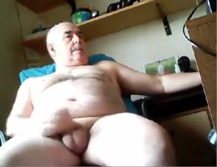 Grandpa cum on cam 2 hot sexy fat chicks
