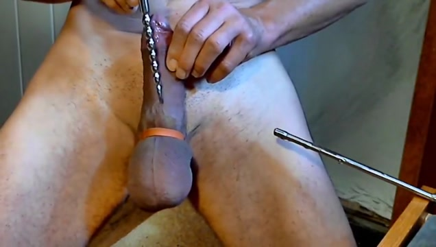 naked slave sounding stretch peehole dilator match face to pussy
