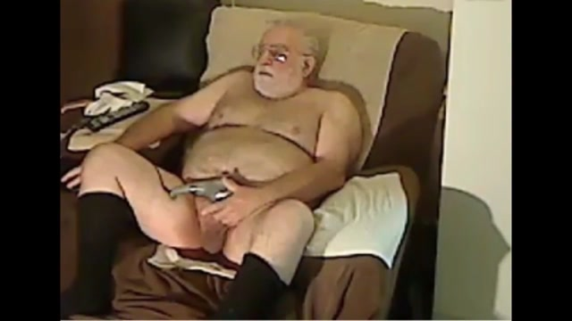 Grandpa cum on cam 2 Leeanna Heart in pink and blowing a geek