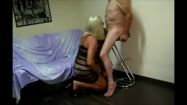Blondie crossdresser blowjob compilation - part three laura linney nude rob morrow