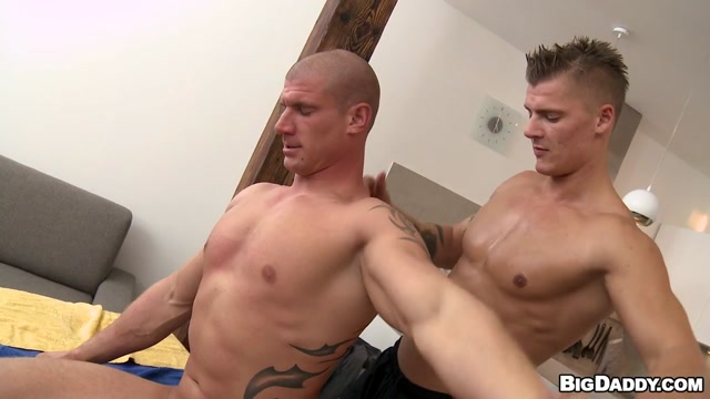 Hot Sexy Juicy Oily Strong Muscle Men Anal Fucking Scene - RubHim Fat mature bbw big tits nude