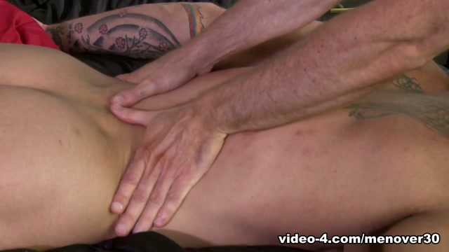 Sean Duran & Matt Stevens & Derek Parker in Special Massage Video - MenOver30 What does it mean if a guy notices your hair