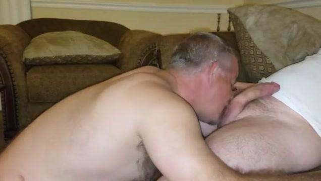 Couch blow job 002 Big ebony gay