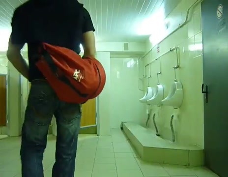 Guy stroke in public toilet Hard Sex Tube Asian