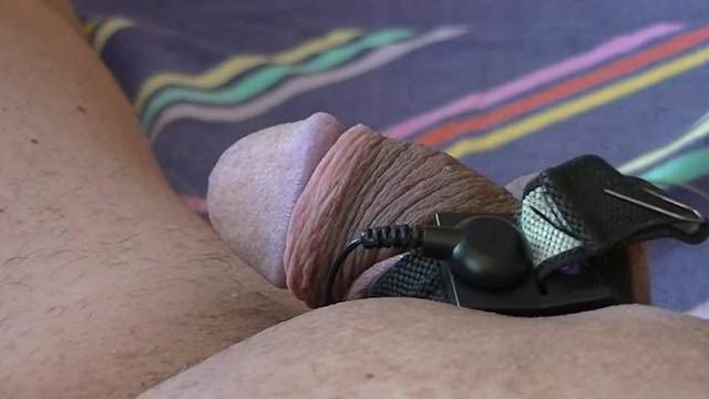 Electro estim fun 138-20151115 part-1-starting cock Black girl tied and fucked