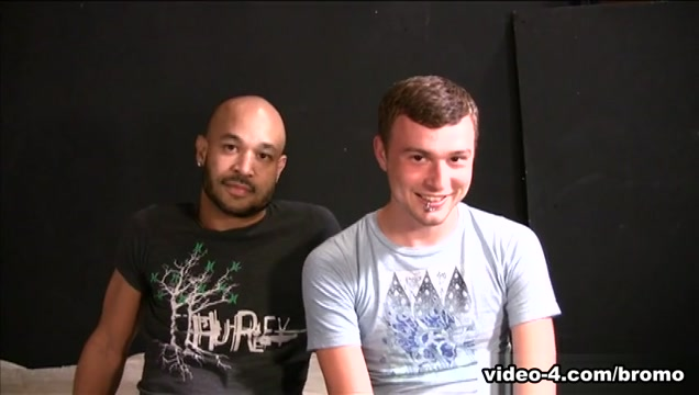 Osian & William Hunt in Gay Amateur Spunk #8 Scene 2 - Bromo girls licking my dick