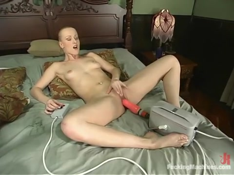 Sharon Wild in Fuckingmachines Video Porn 3oo Com
