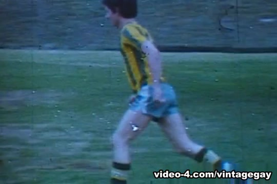 VintageGayLoops Video: Soccer Cocks Lick his baseball cleats