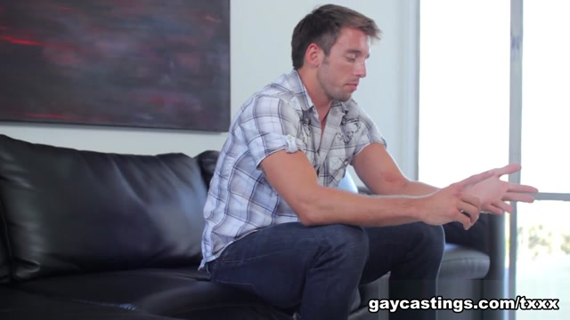 Hunter - GayCastings Blonde sexy naked oiled women