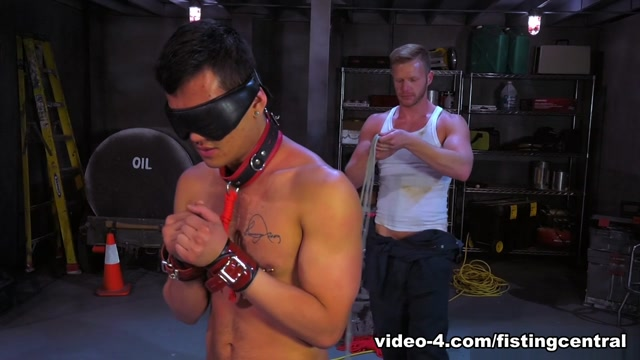 Bondage Garage featuring Brian Bonds, Eli Lewis - FistingCentral Pathan Back Side Sex