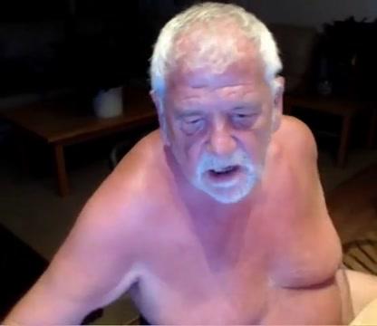 Grandpa play on cam Foot Syrian