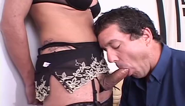 Awesome Shemale & Tranny x-rated vid. Watch and enjoy Free dating website script download