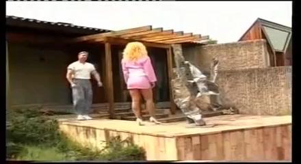 La Moglie del Pescatore 2 scena hijab girl making sexy pic
