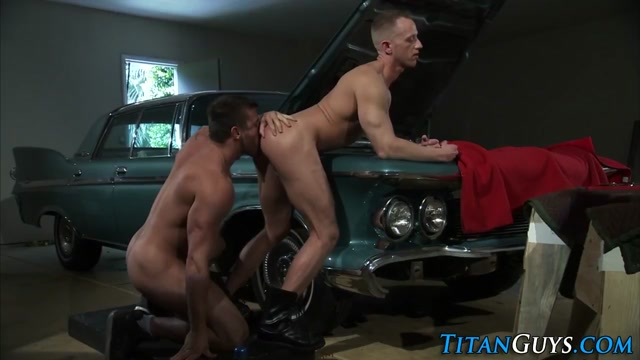 Muscly mechanic spunks Bigpusy Bbw