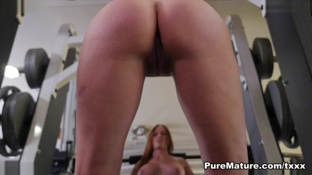 Sabrina Cyns in Naked Workout - PureMature Austin brown pop singer