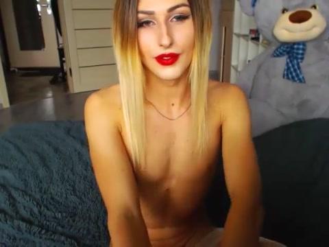 Hung blonde CD Real life porn tube