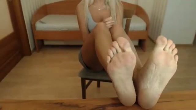 Insane milf cam feet soles - no sound Douche after sex
