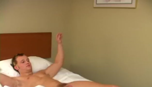 Splendid Amateur Blonde porno scene