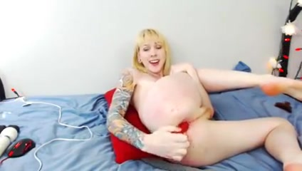 Sexy tgirl with tattoos destroy her asshole Huge Cook Fuck
