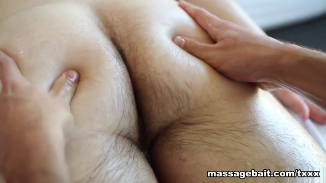 Oily In and Out - MassageBait Anal banging sex