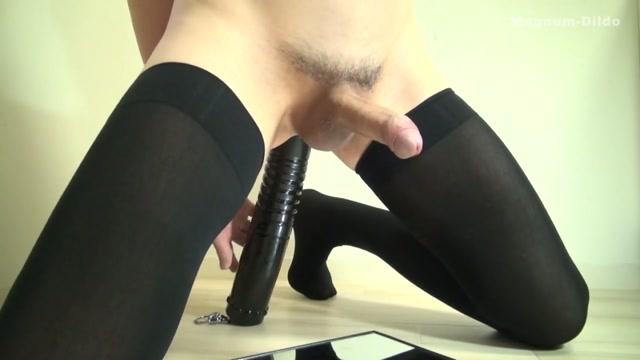 High concentration semen 60mm-dildo magnum Mom brunette fucked