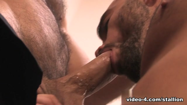 Roman Ragazzi & Damien Crosse in Home Bodies, Scene #05 Milf dirty feet when a stranger calls