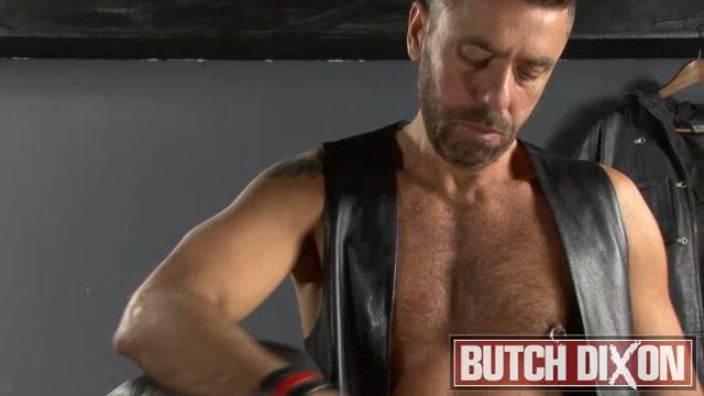 Dan Ryder And Ale - ButchDixon massive cock hand job