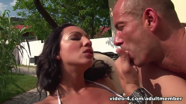 Abelia in Nympho Abelia Gets A Rough Fuck Outdoors - AdultMemberZone Pornstar fallon nude pics