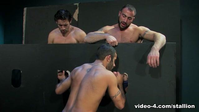Spencer Reed & Alexander Garrett & Jason Michaels in It Gets Bigger, Scene #01 Black lesbian wrestling videos