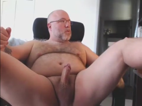 Beefy hairy mature bear cums Sex pool party gif