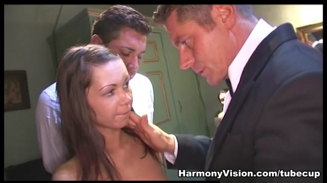 Angelina Crow & Sandy Cage in Bondage, Teasing & Double Penetration - HarmonyVision All long gay videos