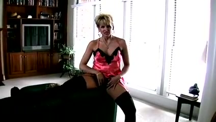 Milf gets fucked and swallows Cum