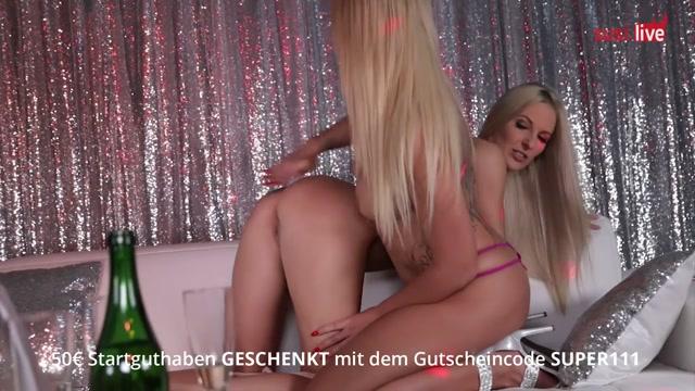 HEISSE Lesbe trostet ihre Mitbewohnerin. TEIL2/3 Lesbo Girls Fuck