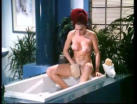 Moana - stunning italian classic naked pics of taya parker
