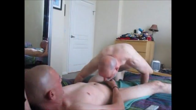 Verbal Italian 10-Inch Cock And Biiiggg Load. Sex in the shower videos