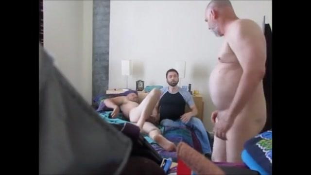 Suck and dildo bareback fuck 3-way. Sael Kasa Katay Ha